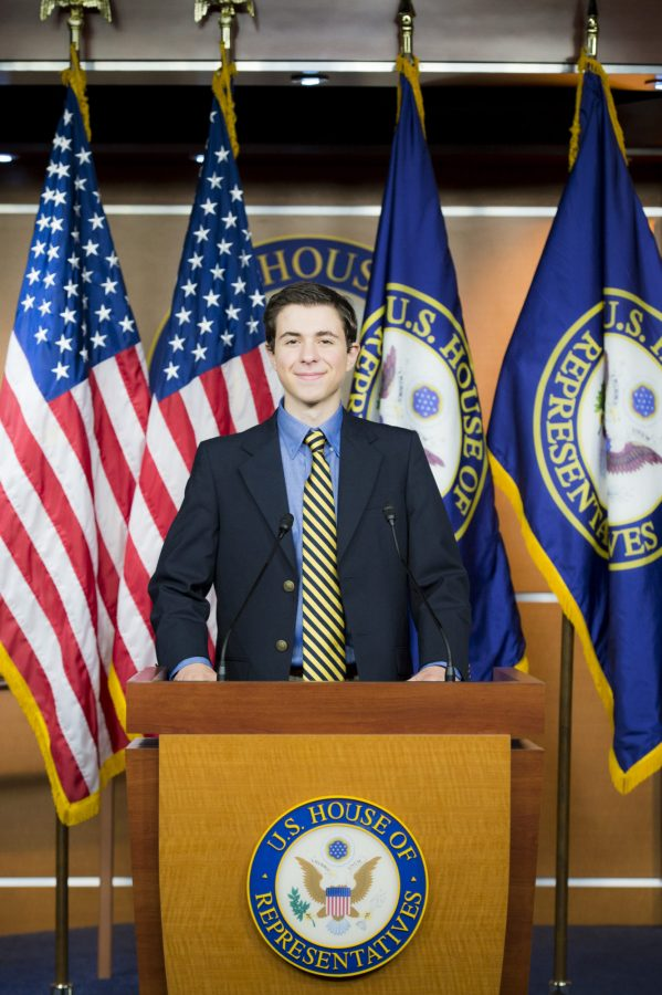 Alexandre Silberman at the press briefing room for the U.S. House of Representatives during a tour of the Capitol Building at the 2016 Al Neuharth and Free Spirit Journalism Conference. | Photo: Courtesy Newseum Institute