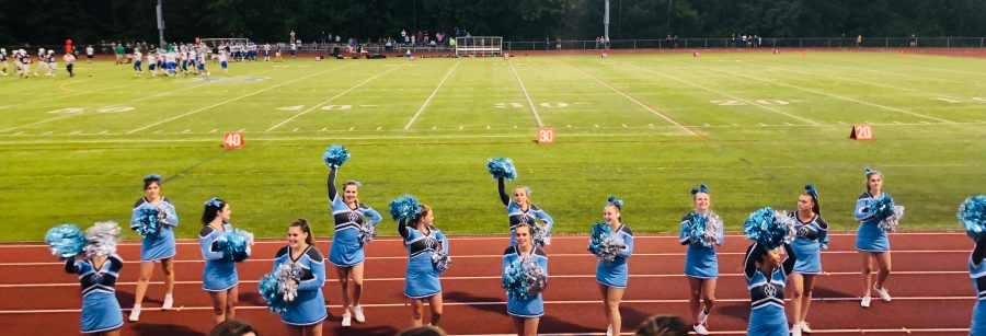 Cheerleaders Preform at BHS homecoming game Photo: Anessa Conner