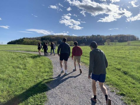 BHS students take a walk at Shelburne Farms. Photo courtesy: Tido Schulman