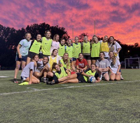 BHS Varsity Girls Soccer posses after practice. Photo: Anna Jenemann